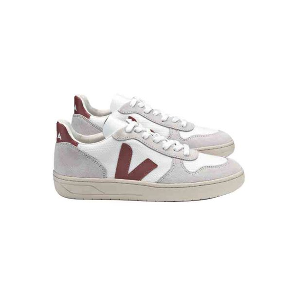 Baskets Veja V10 dried petal pour femme, baskets écoresponsables en cuir low-chrome.
