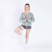 Sweat de yoga en lin de la marque made in France Aatise